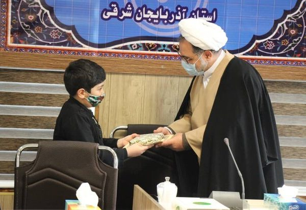 برگزیدگان مسابقه کتابخوانی باغ طوطی و چالش آرزوی کتاب مشخص شدند